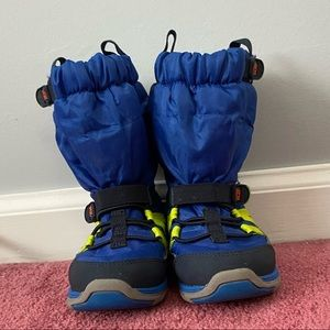 Stride Rite Toddler Size 8 Made 2 Play Snow Boot